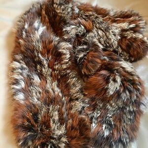 💯 rabbit fur scarf. No damage